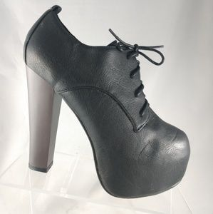 NEW FOREVER 21 BLACK OXFORD HEELED SHOES SIZE 8.